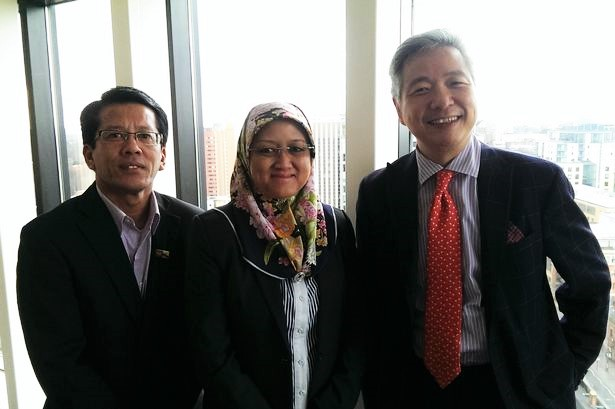 Sabri MD Taha, head of the Halal Industry Innovation Centre, Hajah Normah SH Jamil, permanent secretary Brunei Darussalam's Ministry of Industry & Primary Resources and Gary Ho, MD of SQW China