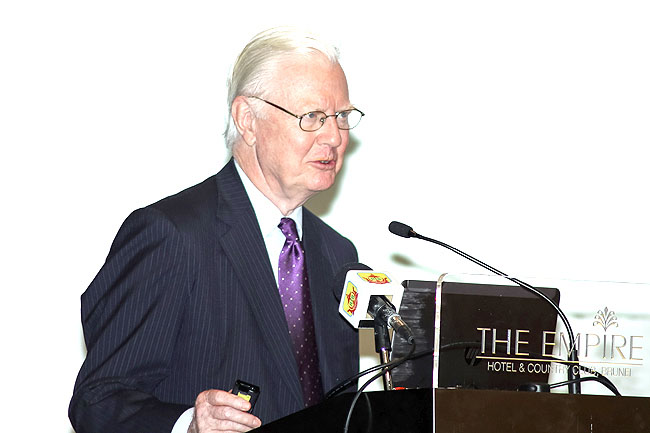 Sir James A Mirrlees, Nobel Memorial Prize in Economic Science winner in 1996, delivering his keynote speech at the opening ceremony of the International Food and Biotech Investment Conference.
